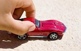 toy-car-vs-real-car-on-slope0-1