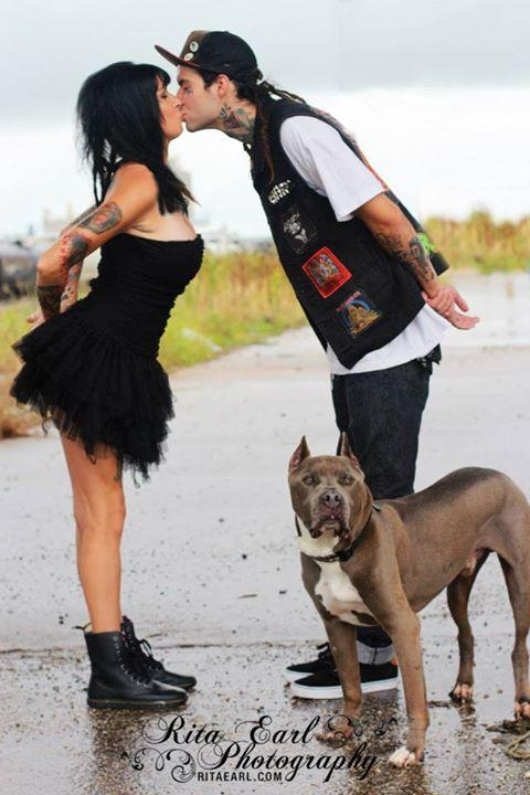 pit-bulls-parolees-wedding-01