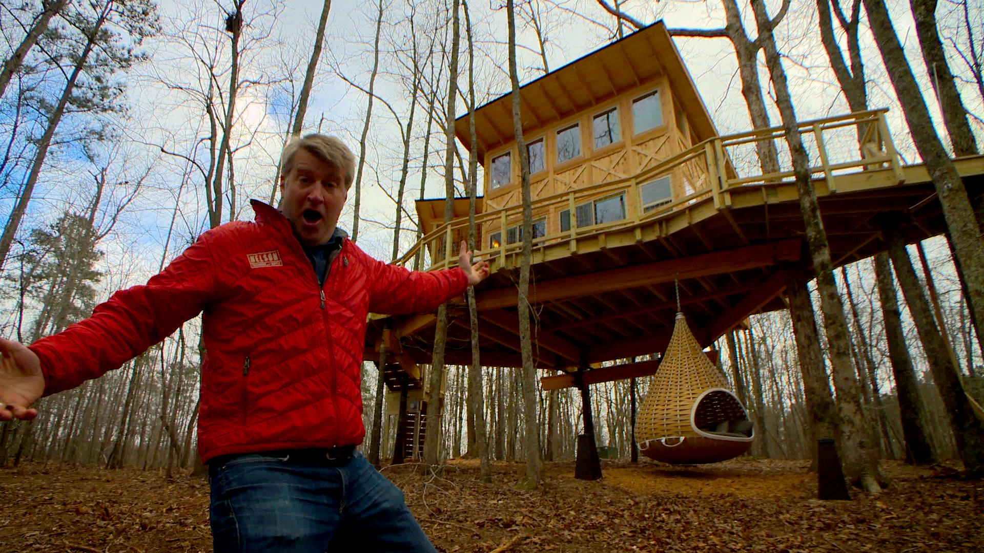 Magical Modern Treehouse | Treehouse Masters | Animal Planet