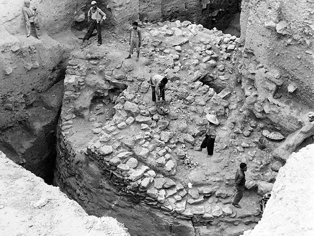 Megalithic monuments go way, way back. At the ancient site of Jericho, which many experts believe to be one of the oldest still-inhabited cities in the entire world, megalithic masterworks are now well-known. The British archaeologist Kathleen Kenyon and her team began excavating this Neolithic stone tower at Jericho in the 1950s. Built perhaps as early as 11,000 years ago, this megalithic structure is one of the most haunting archaeological discoveries from this storied oasis in the West Bank; it measures 30 feet tall and 30 feet wide (9.1 meters tall and 9.1 meters wide). Check out another view of this ancient wonder in the next image.