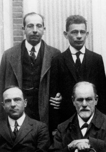 Freud lived from 1856 to 1939, and he had a profound influence on many psychologists, including both modern psychologists and his colleagues during his lifetime. However, other psychologists and psychoanalysts also had an influence on him. Here, Freud (bottom right) is shown at the 6th Congress of the International Psychoanalytic Association (IPA) in 1920 with some of his peers, including Hanns Sachs and Otto Rank (standing), and Ernest Jones (seated), who, in addition to his own work, was also Freud's official biographer.