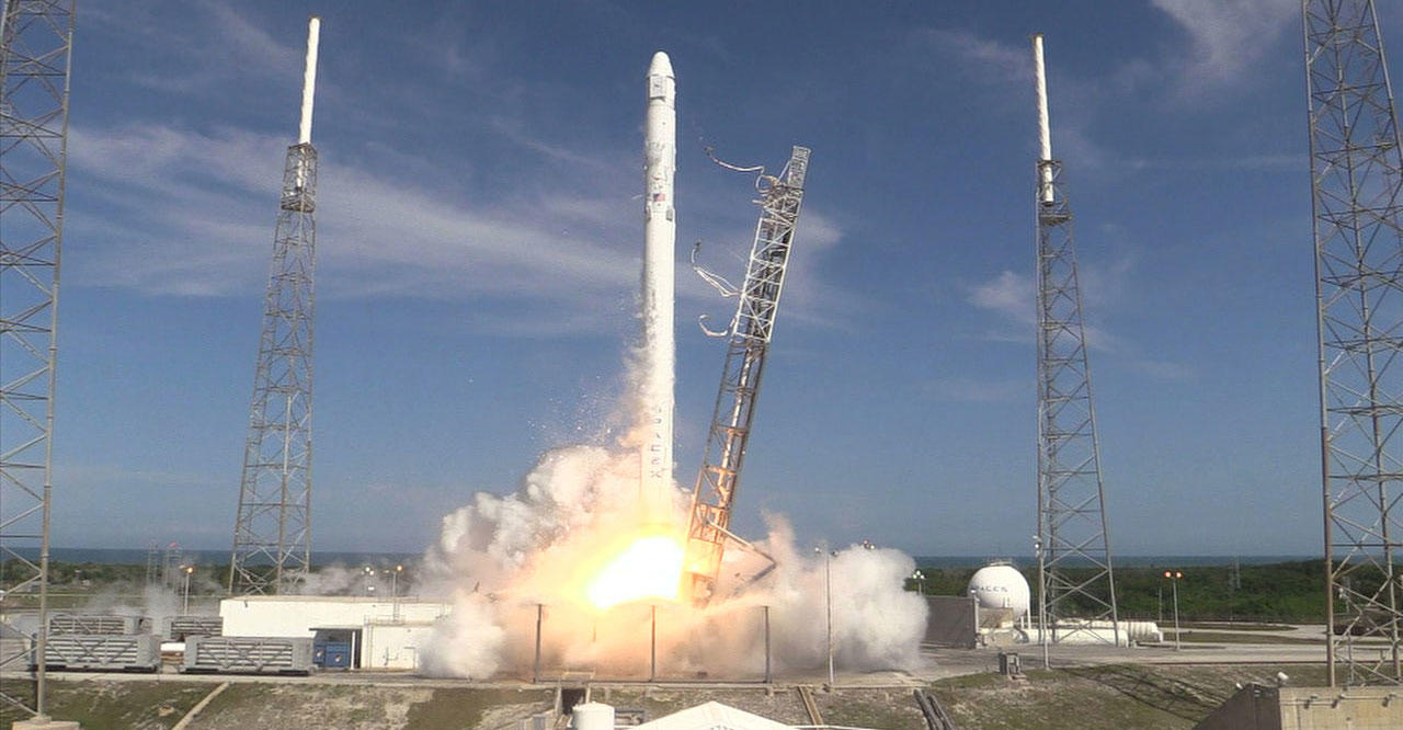 NASA Launches SpaceX CRS-6 from Cape Canaveral | Discovery ...