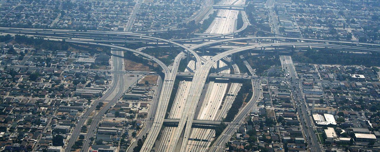 Echangeur entre les autoroutes 110 & 105 à Los Angeles