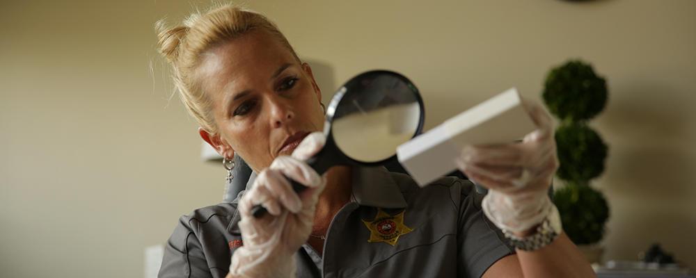 Detective Lori Morgan