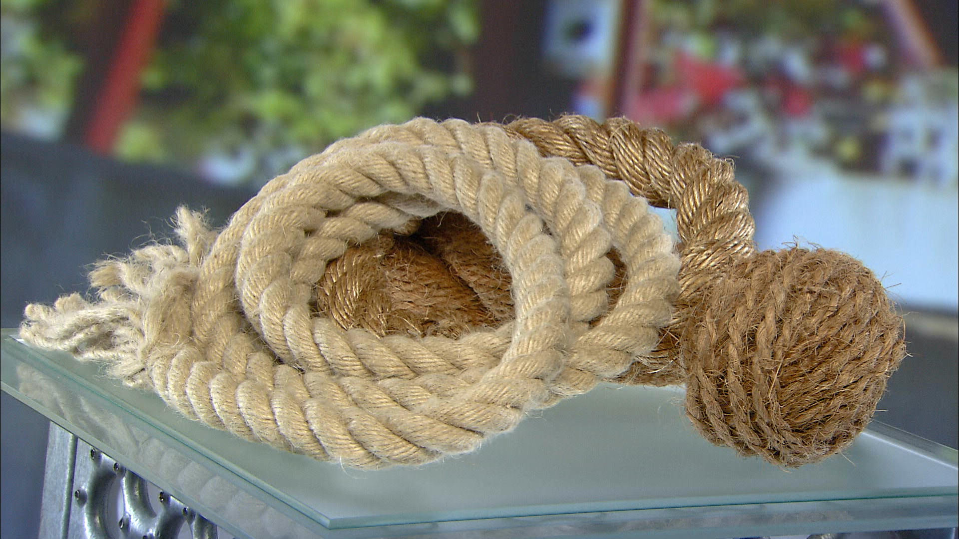 traditional rope science channel how it 39 s made discovery science. Black Bedroom Furniture Sets. Home Design Ideas