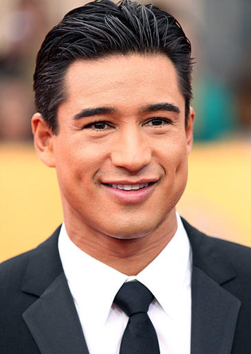 """Extra"" host Mario Lopez popped the question to Courtney Mazza with the blinding aid of a 5-carat ring. He'll be sharing all the special wedding details with TLC fans when he marries in December!"