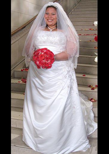 four-weddings-328-ashanti-dress
