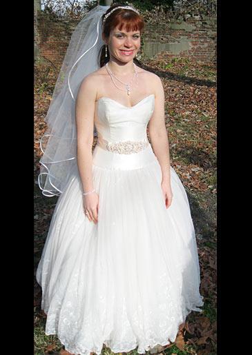 four-weddings-328-shauna-dress