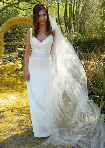 four-weddings-406-nadine-dress