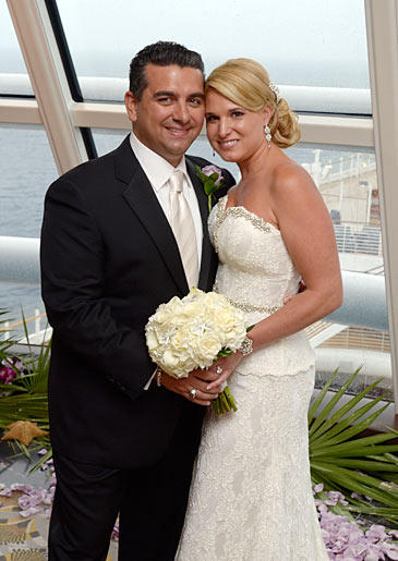 Buddy and Lisa renew their vows in a special episode of Cake Boss!