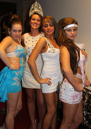 The other pageant contenders experiment with edgier garments, though.