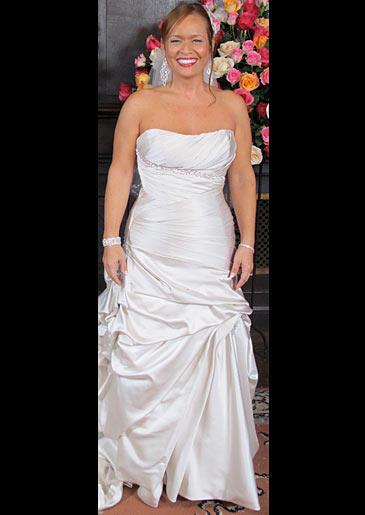 four-weddings-326-aurea-dress