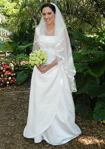 four-weddings-404-melissa-dress