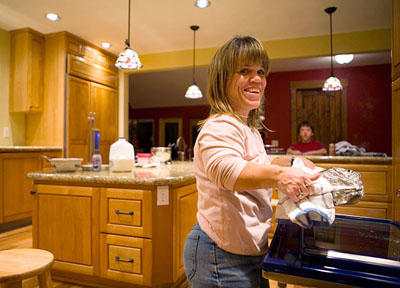 Amy Roloff prepares dinner for her family, 2007.