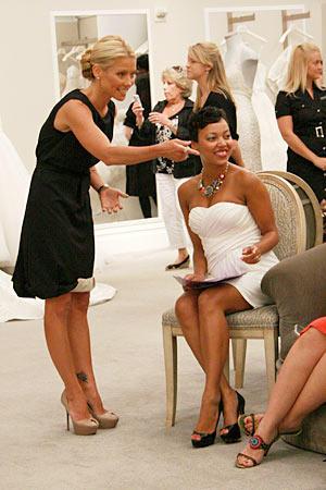 Comora Roberston and guest consultant Kelly Ripa