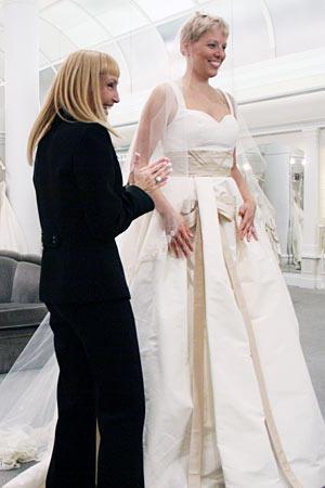 Photo slideshow season 5 episode 11 dresses say yes to for Elle king s wedding dress