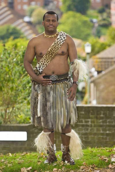 Prince Africa Zulu of Onkweni Royal House: Age 33; from South Africa; grew up in a traditional and conservative family; struggles with the liberal Brighton culture and with Prince Manvendra's sexuality.