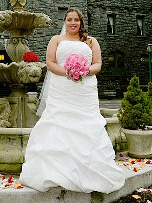 four-weddings-421-chrissy