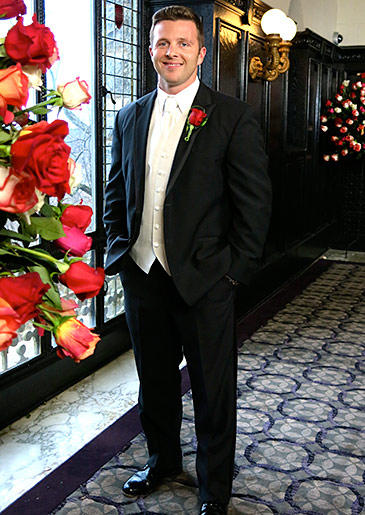four-weddings-441-john