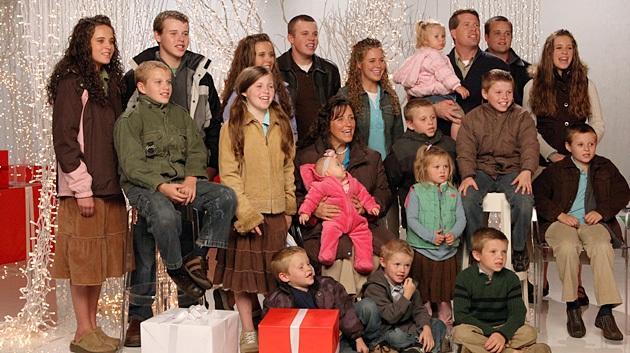 media-images-promos-2012-12-duggar-christmas-630x353-jpg