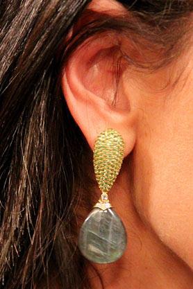 stacys-closet-907-studio-1-earrings