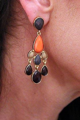 stacys-closet-910-rebecca-shop-earrings