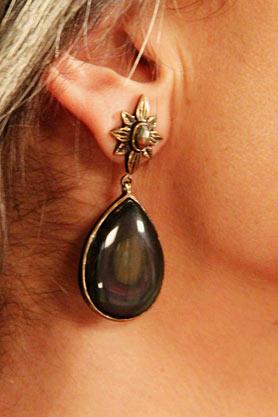stacys-closet-911-reveal-earrings
