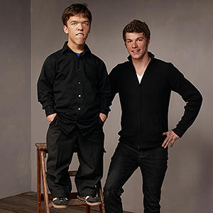 Jeremy and Zachary are the twin boys from Little People Big World. See