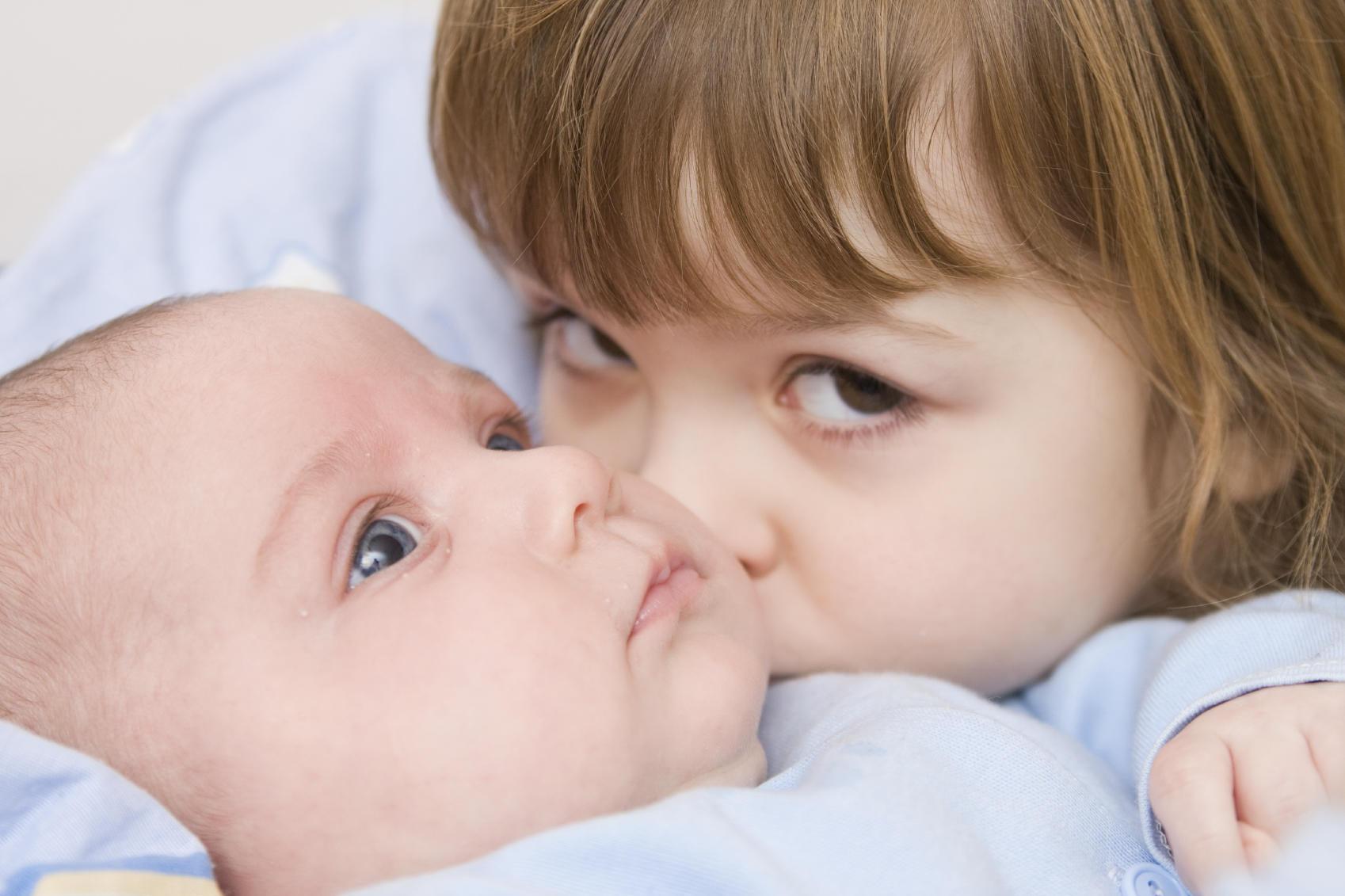baby older sibling