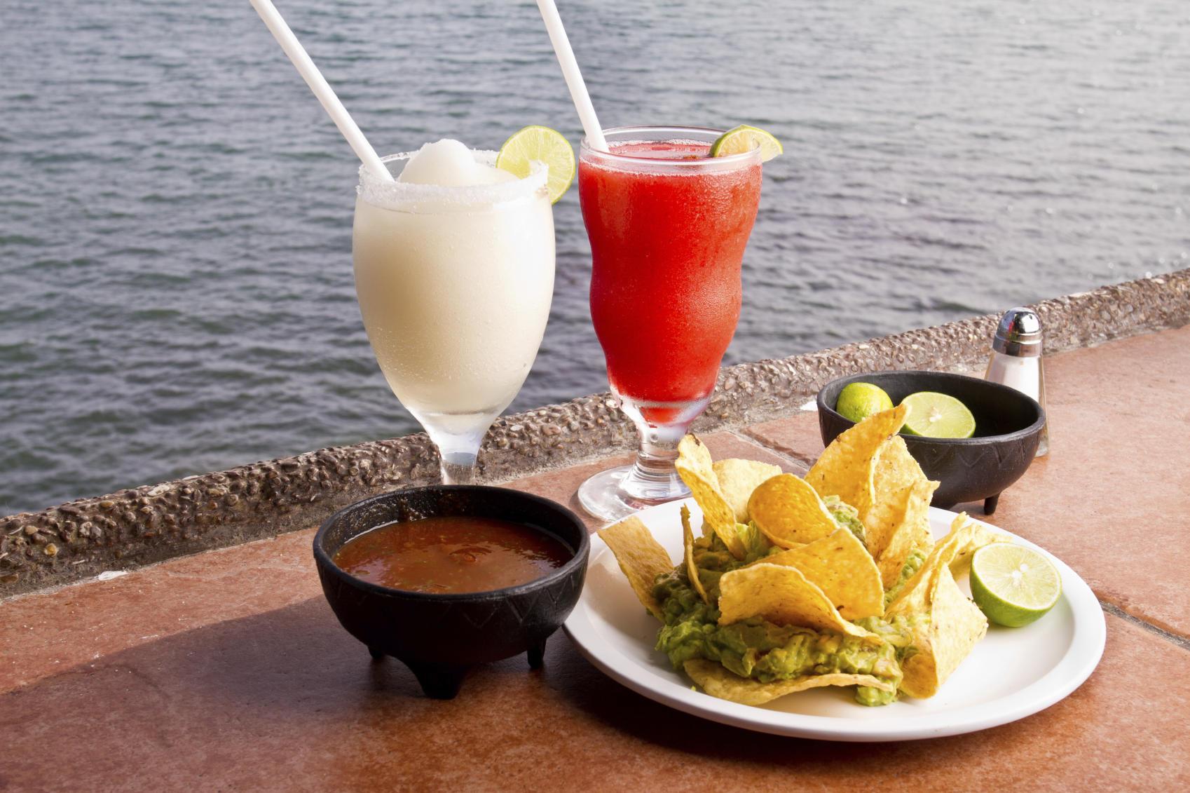 Celebrate Cinco De Mayo with an Easy Guacamole and a No Hangover Margarita