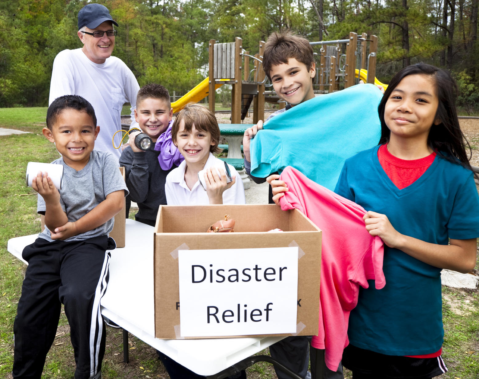 Kids collecting items for disaster relief
