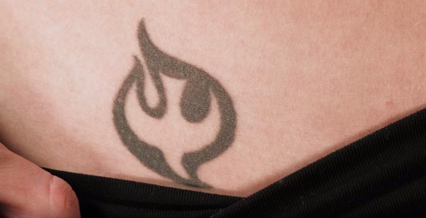 Woman Tells Conservative Parents About Hidden Tattoos Their
