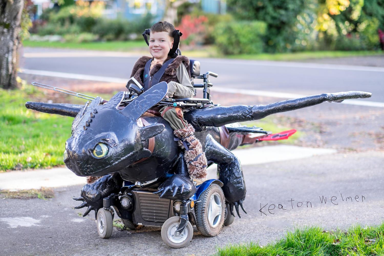 wheelchair-halloween-costumes