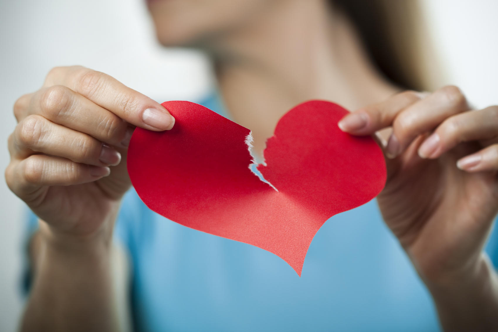 breakup-divorce-torn-heart