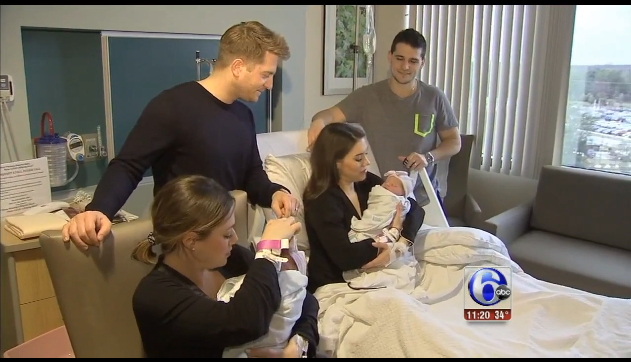 twin sisters give birth at same time