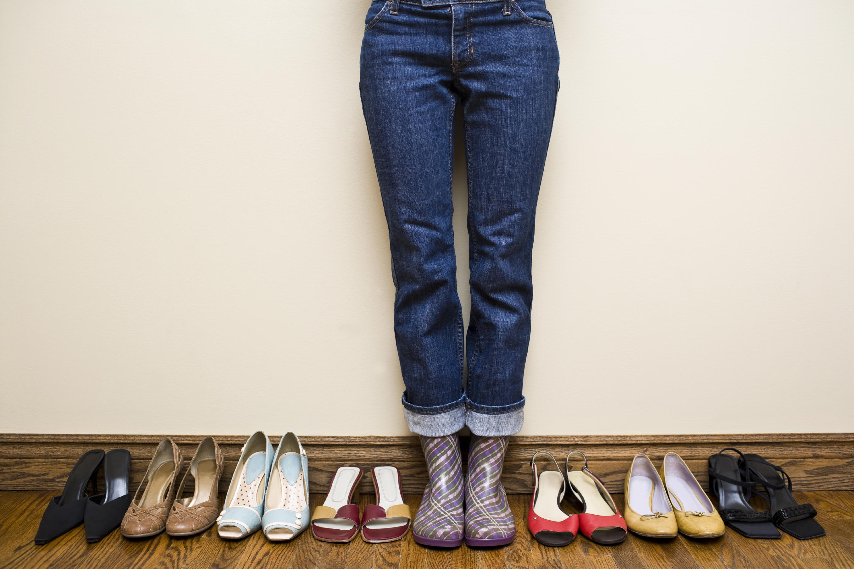 picture of woman with shoes