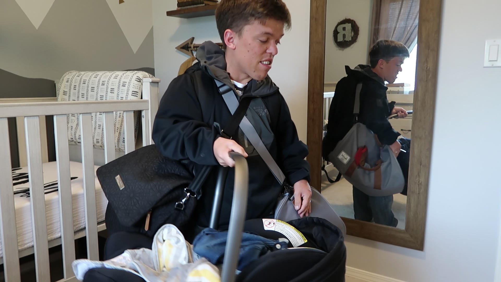 Zach and tori roloff prepare for birth tlcme tlc for Is zach roloff s baby a little person
