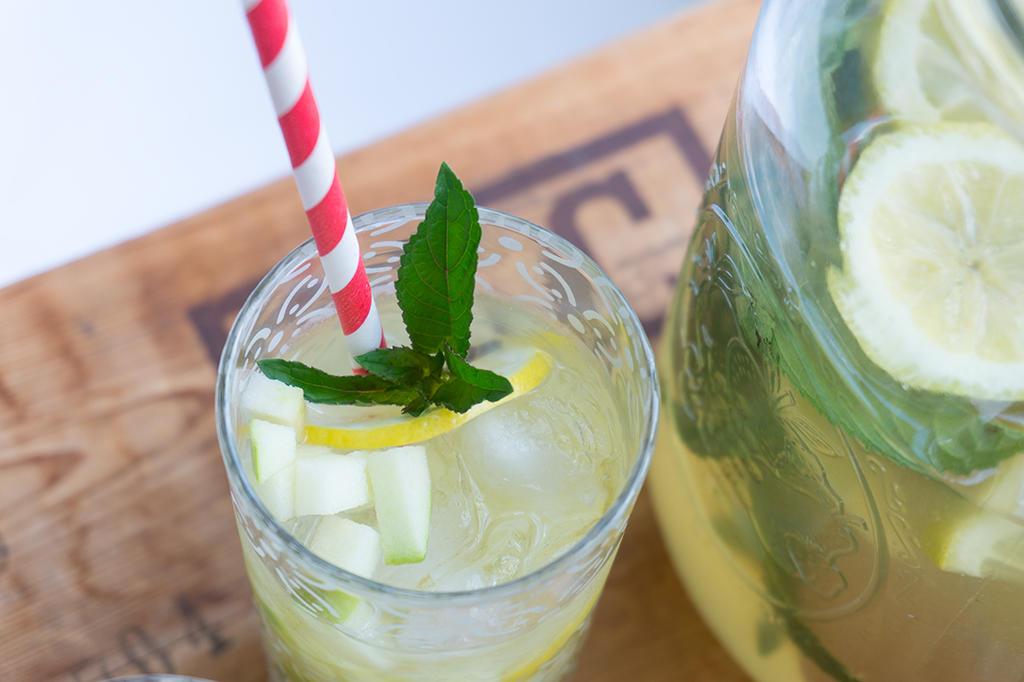 Apple Honey Lemonade