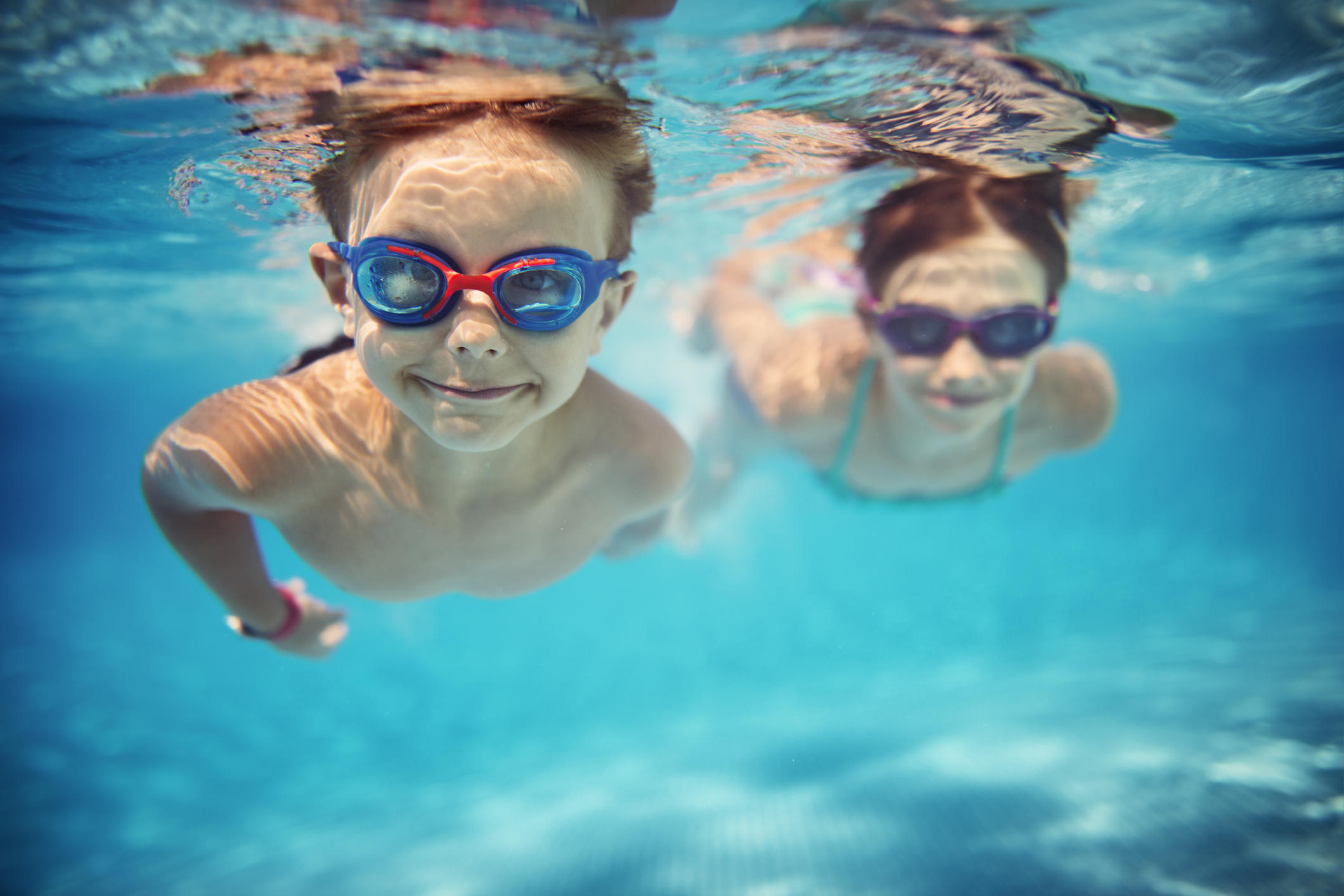 How to Choose the Right Swim Goggles for Your Kids TLCme TLC
