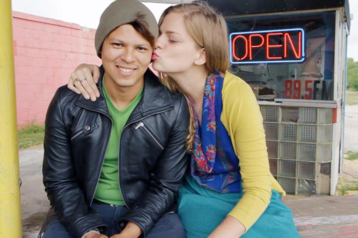Meet Chelsea, 25, from Galesburg, Illinois and Yamir, 28, from Managua, Nicaragua.