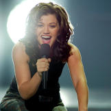 """Kelly Clarkson appears on stage during the finale of  """"American Idol"""""""