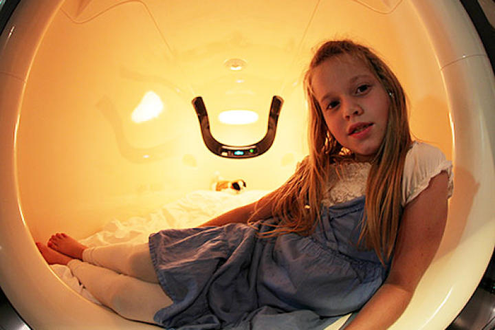 The Duggars visited a Capsule Hotel in Japan. Here, Johannah tries out one of the capsules.
