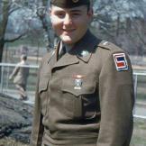 pg-gliner-color-badge