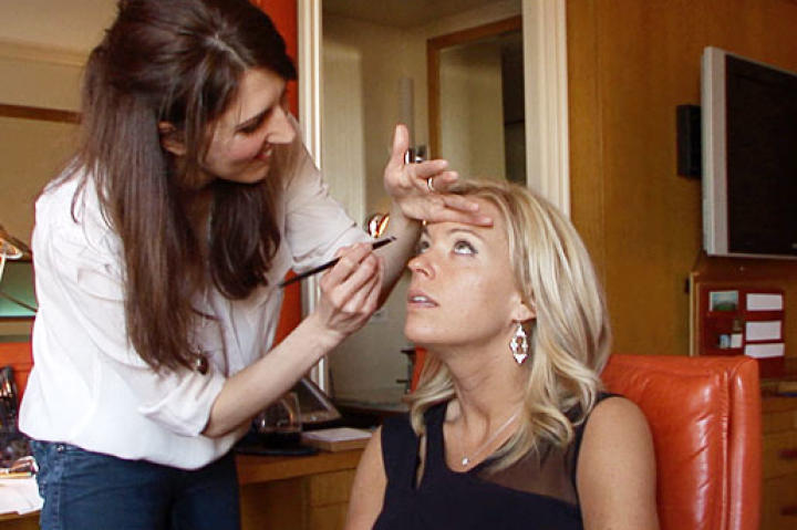 Deanna, makeup artist and good friend of Kate's, helps her get glam for her big birthday night out on the town.