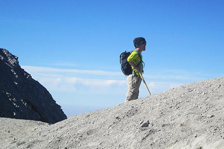 Zach Roloff mid-climb.