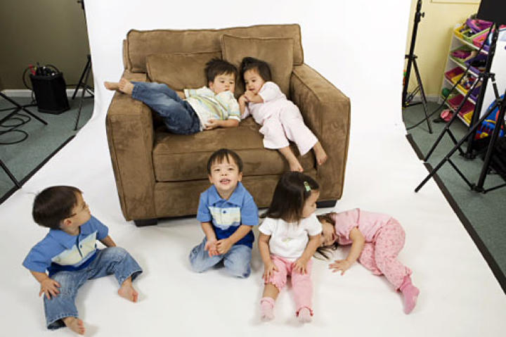 The Sextuplets playing on the set, they were so young!