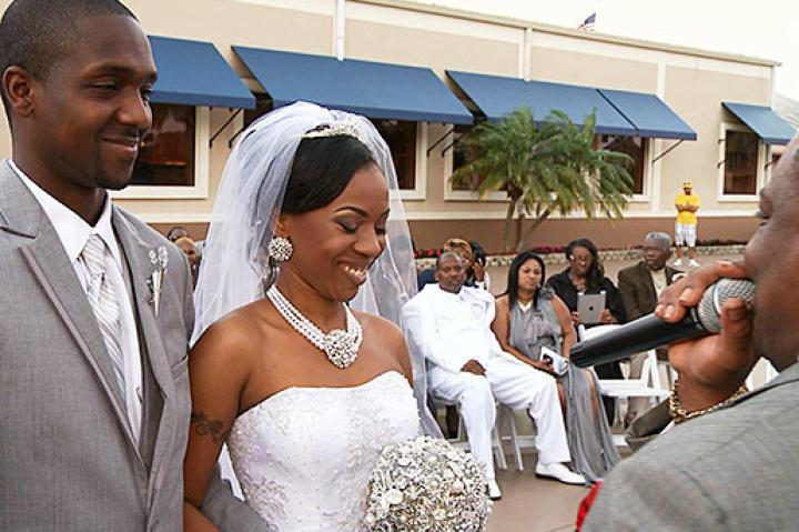 Travia's Weddings