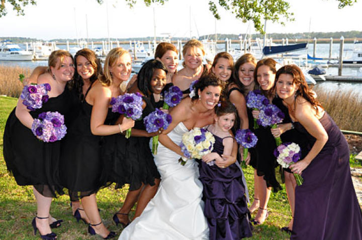 KT and her bridesmaids on her wedding day
