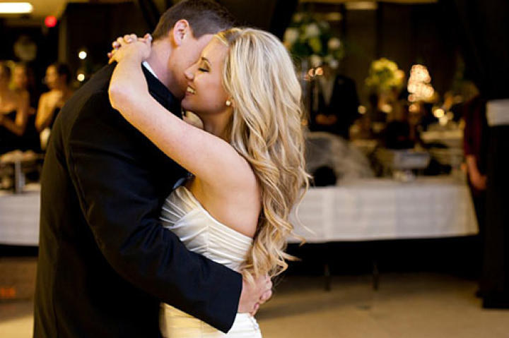 Lindsay and Coty dance on their wedding day. Photo by