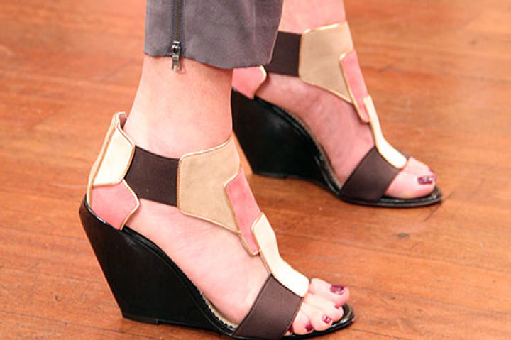 Black and White Wedges from